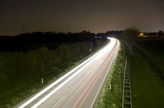 Dutch Test Glow-in-the-Dark Road Markings for Energy-Efficient and Smart Transportation - http://dashburst.com/dutch-smart-transportation/