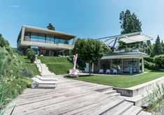 House Planegger Poertschach - House Planegger at lake Woerthersee in Carinthia Austria. What a great design at one of the best locations in Austria. Carinthia, Best Location, Austria, Explore, Mansions, Architecture, House Styles, Home, Design