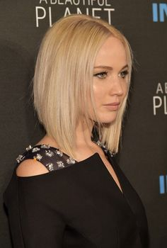 17 Fashionable Celebrity Bob Haircuts to Copy: #3. Jennifer Lawrence Graduated Bob Haircut For Blonde Hair