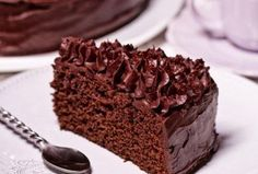 Mud cake, I'm baking it right now. Mini Cheesecakes, Baking Recipes, Cake Recipes, Czech Recipes, Mud Cake, Chocolate Sweets, Chiffon Cake, Cake Tins, Savoury Cake