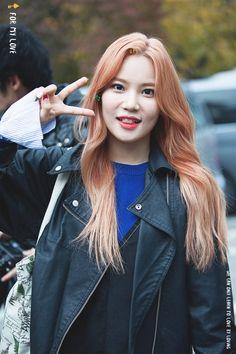 Kpop Girl Groups, Korean Girl Groups, Kpop Girls, Nayeon, Yuri, Berry Good, Kpop Fashion, Maine, Berries
