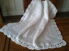 - A little bit of .et son tuto! - Un p'tit bout de. Cover b b crochet . Crochet Headband Pattern, Crochet Blanket Patterns, Baby Knitting Patterns, Baby Blanket Crochet, Crochet Blankets, Plaid Crochet, Crochet Bebe, Filet Crochet, Crochet Hats