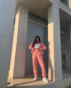 Pretty Korean Girls, South Korean Girls, Korean Girl Groups, Kpop Fashion, Korean Fashion, Girl Fashion, Fashion Outfits, Fashion Clothes, Jaebum