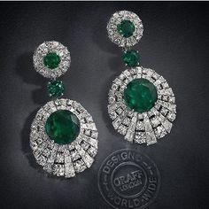 Graff Emerald and Diamond earrings! 💚
