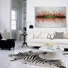 salon graphique avec tableau abstrait par Sergei Vishinsky