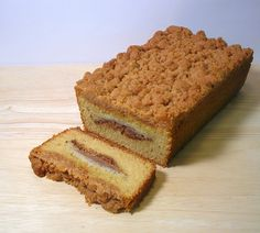 This coffee cake combines a dense buttery yellow cake and a layer of moist apples with a crunchy and crumbly streusel topping. It is almost too decadent for breakfast food; I had my slice for dessert!    This cake is made with cake flour, sugar, baking http://hc.com.vn/vien-thong/dien-thoai-di-dong.html  http://hc.com.vn/vien-thong/  http://hc.com.vn