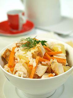 Ryżowa sałatka z kurczakiem na drugie śniadania