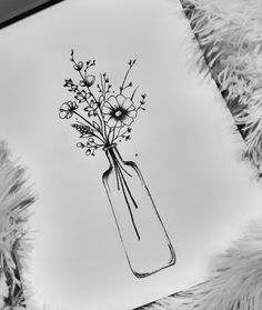 Flowers in a bottle (maybe right calf - inside facing) - illustrations & drawings - Blumen Doodle Drawings, Easy Drawings, Doodle Art, Simple Doodles Drawings, Tattoo Drawings, Tattoo Sketches, Tattoos, Floral Drawing, Drawing Flowers
