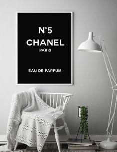 Impression de Chanel Art mode Logo Chanel Chanel Logo | Etsy Coco Chanel Logo, Chanel Print, Chanel Chanel, Printable Designs, Printable Art, Fashion Prints, Fashion Art, Chanel Decor, Target