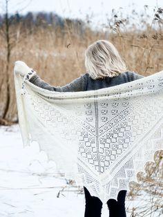 Novita shawl patterns, Shawl made with Novita Venla yarn #novitaknits #knitting #knit https://www.novitaknits.com/en