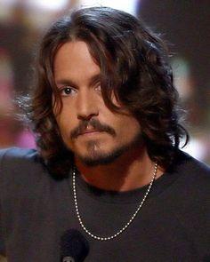 Johnny Depp a Cherokee man Kentucky, Jonny Deep, Johnny Depp Pictures, Here's Johnny, Captain Jack, Attractive Men, Good Looking Men, Best Actor, My Idol