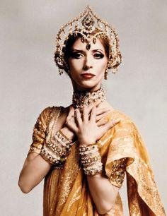 """Natalia Makarova as Gamzatti from """"La Bayadère""""  photo by Dina Makaroff."""