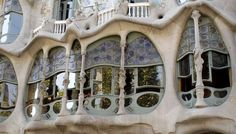 City visit of the district of L'Eixample in Barcelona