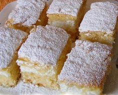 Ez nekem is tutira a kedvenceim közé kerülne! Hungarian Desserts, Hungarian Cake, Hungarian Recipes, My Recipes, Cake Recipes, Dessert Recipes, Cooking Recipes, Favorite Recipes, Sweet Cookies
