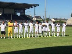 La team Angers SCO au complet avec le maillot blanc.