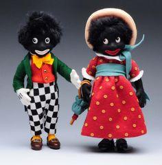 """Poppen vergelijkbaar met onze Piet. Ze zien er lief uit. Maar kunnen niet meer in deze tijd. R. John Wright """"Golliwog"""" & """"Miss poppen  Golli"""""""
