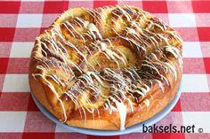 baksels.net | Sinaasappel-roombroodjes: http://www.baksels.net/post/2014/01/16/Sinaasappel-roombroodjes.aspx