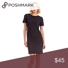 """MICHAEL Michael Kors Grid Textured Knit Dress Beautiful Michael Kors short sleeve, grid textured, black knit dress🔹Wonderful condition🔹Size XL: 42"""" bust, 37"""" length🔹Fabric: 82% Polyester, 16% Viscose, 2% Elastane🔹No trades🔹Smoke free home🔹Thank you for stopping by our closet💕🌷💕 MICHAEL Michael Kors Dresses"""