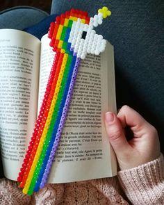 Bookmark Rainbow Unicorn in Hama beads - Melle bidouille - Easy Perler Bead Patterns, Melty Bead Patterns, Diy Perler Beads, Perler Bead Art, Pearler Beads, Fuse Beads, Beading Patterns, Hama Beads Kawaii, Hamma Beads Ideas