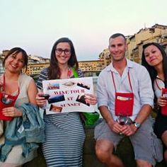Wine tours in Florence, enjoy beautiful sunset on the famous Ponte Vecchio with a glass of fine Chianti winem book here http://madeoftuscany.it/it/tour-firenze/visite-guidate-di-gruppo-di-firenze-con-partenza-giornaliera_c2/wine-tour-firenze_27/