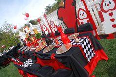 Wonderland Queen of Hearts Valentine birthday | CatchMyParty.com