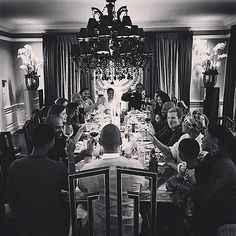 """Thanksgiving 2014: Alicia Keys: """"Family love!! All that matters!!"""" the singer captions this beautiful photo of her holiday dinner. (How can we score an invite next year?)"""