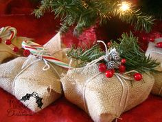 Ash Tree Cottage: Cute and Cheap Christmas Wrap Ideas