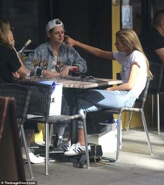 Together again?: Stella Maxwell and Kristen Stewart were glimpsed this Tuesday enjoying a . Kristen Stewart Stella Maxwell, Kirsten Stewart, Tomboy Hairstyles, Together Again, Iconic Women, Cara Delevingne, Beautiful Celebrities, American Actress, Candid