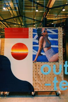 Window trolly display for UO Amsterdam