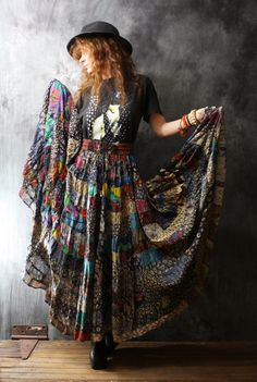 Vintage Dress Skirt 1980s Gypsy Bohemian India Patchwork Skirt Big Sweep