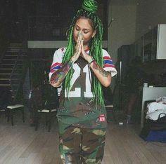 throwback Kehlani (green box braids)