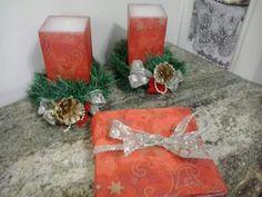 Conjunto de velas e guardanapos para o Natal