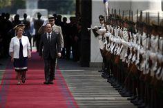 SANTIAGO, Chile (AP) — El presidente francés François Hollande inició el sábado en Santiago la que será su última gira latinoamericana con una agenda especialmente cargada, un mensaje internacional por la lucha contra el cambio climático y el anti-proteccionismo económico y el objetivo de reforzar las