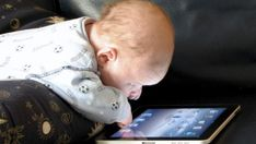 Best iPad apps for toddlers. Looking to entertain a baby for a few minutes? There's an app for that. Here are 10 iPad apps perfectly suited to the 2 and under s Steve Jobs, Mobiles Internet, Smartphone, Education Positive, Best Ipad, Tablets, New York Times, Early Childhood, Parents