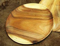 Holzteller Teller Akazienholz Durchmesser 25cm Handarbeit einheimisches Holz