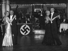 Berlin, Haus Vaterland am Potsdamer Platz, Tanzwettbewerb am 16 Dezember 1934.