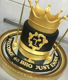 #king #gold #birthday #cake