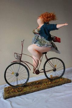 Add a photo that shows your face well. Ooak Dolls, Art Dolls, Sculpture Metal, Ceramic Sculptures, Plus Size Art, Fat Art, Fantasy Kunst, Bicycle Art, Polymer Clay Dolls