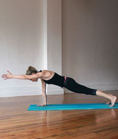 The Best Yoga Poses for Amazing Arms-3