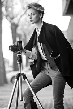 Camera, stativ, woman, female, beauty, fashion, focus, concentration, photograph, photo b/w.