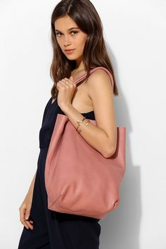 BAGGU Basic Leather Tote Bag - Urban Outfitters
