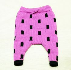 This pattern is for the basic pants -- all featured patterned pants are to show the versatility of the pattern