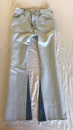 """~ RE/DONE LEVI""""S HIGH RISE ULTRA FLARES JEANS WITH SLIT (SUCH A MUST!) ~ 25 #REDONELEVIS #Flare"""