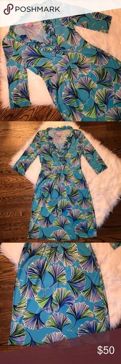 Lily Pulitzer turquoise ginkgo dress Excellent condition, Lily Pulitzer turquoise ginkgo dress. Size XS. 3/4 sleeves. No rips, stains or odors. Lilly Pulitzer Dresses Midi