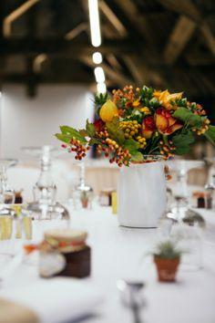 Des explications pour réaliser des bouquets ronds sur http://un-mariage-en-couleurs.blog4ever.com/ ...