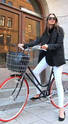 Love the outfit and the bike! Rule of thumb? How long can you wear white pants after summer??