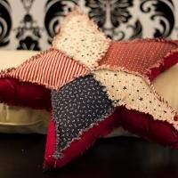 ~ All Americana Rag Edged Star ~ So perfect for the downstairs family room....