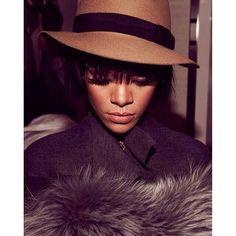 Rihanna 2014 Paris fashion week