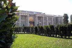 "The Bureau of Investigative Journalism in London says that Russian president Vladimir Putin has spent time at this ""palace fit for a tsar."" There's evidence showing Putin may be the real owner of this Xanadu, but the proof is not conclusive. Luxury Homes Exterior, Exterior Design, Putin's Palace, South Of Spain, Expensive Houses, European House, Old Buildings, Luxury Interior Design, View Photos"