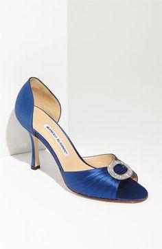 Unos zapatos maravillosos para dar un toque distinto al vestido